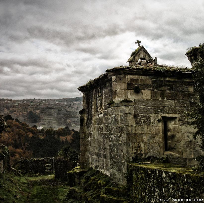 El monasterio abandonado de San Paio de Abeleda.
