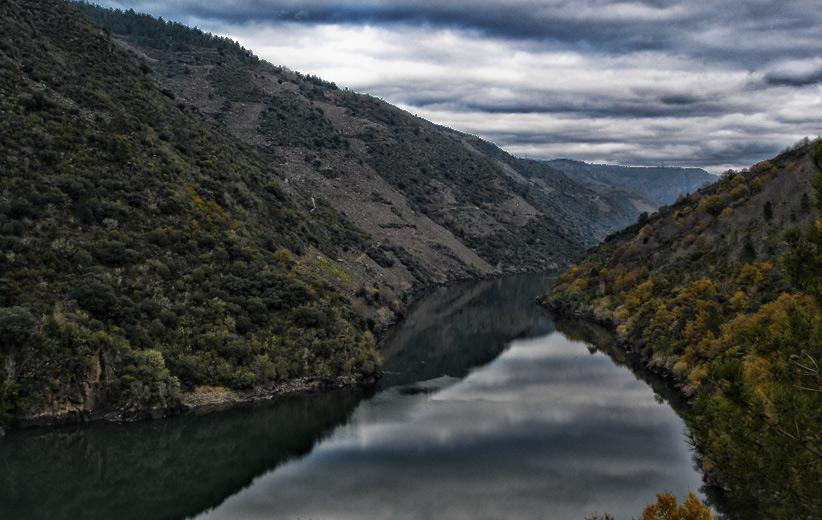 Rio Sil a su paso por la Ribeira Sacra