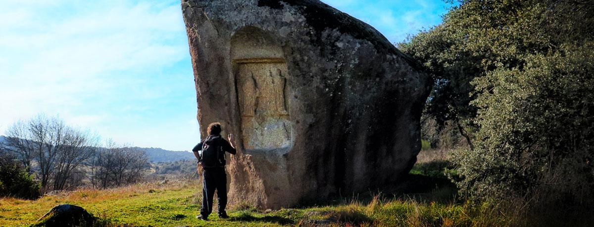 Piedra escrita en Cenicientos, Madrid