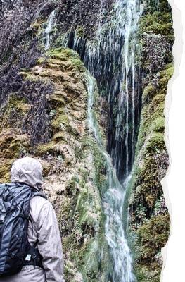 Cuevas junto a Cívica, agua subterranea